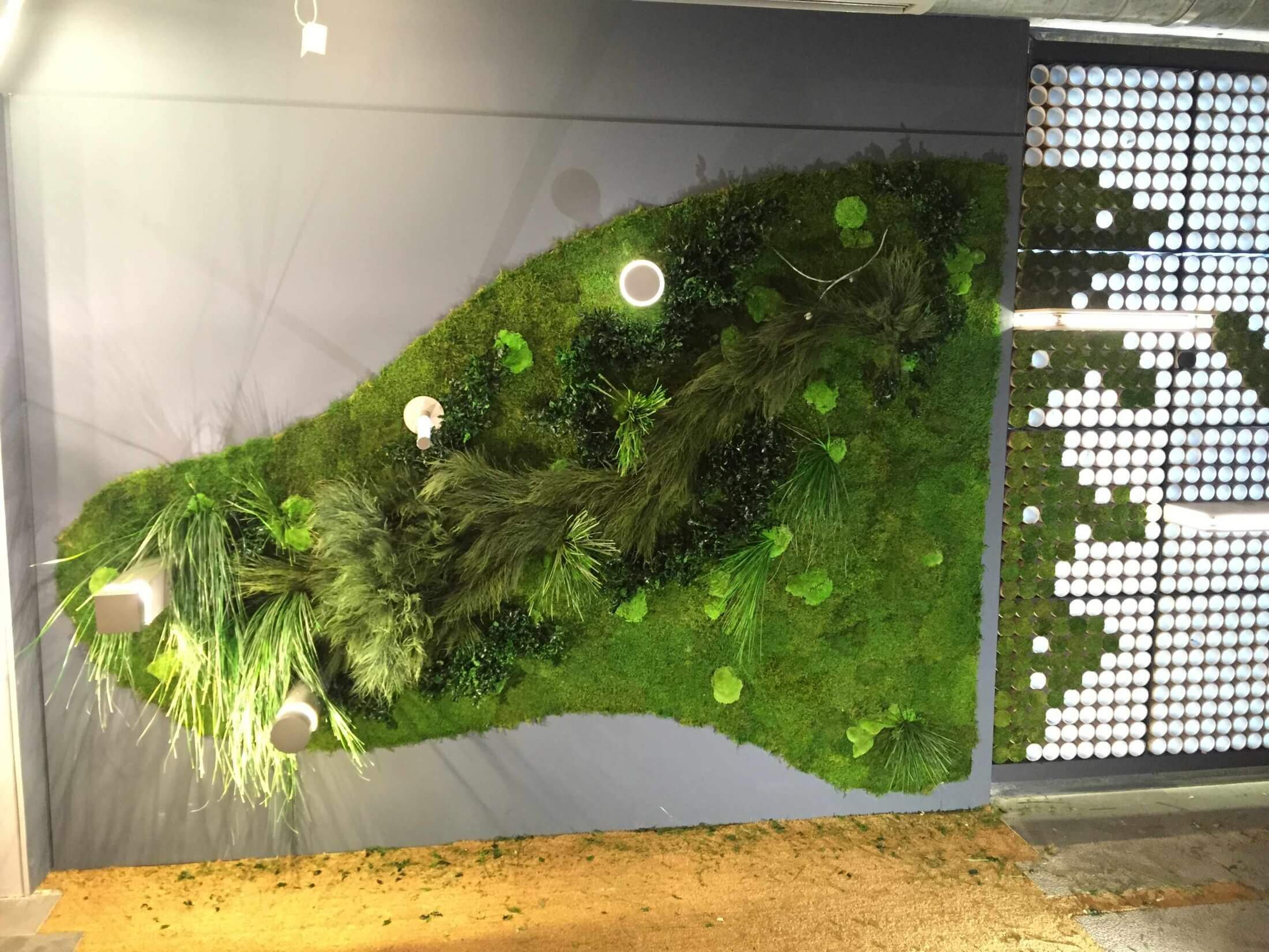 artificial wall hanging plants